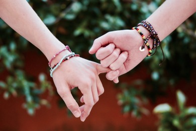 friendship-2156174_1920